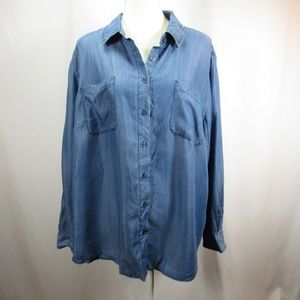 Ava & Viv Blue Denim Chambray Button Up Shirt NWT